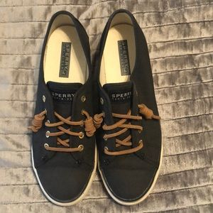 Black Sperry Topsider (size 7)
